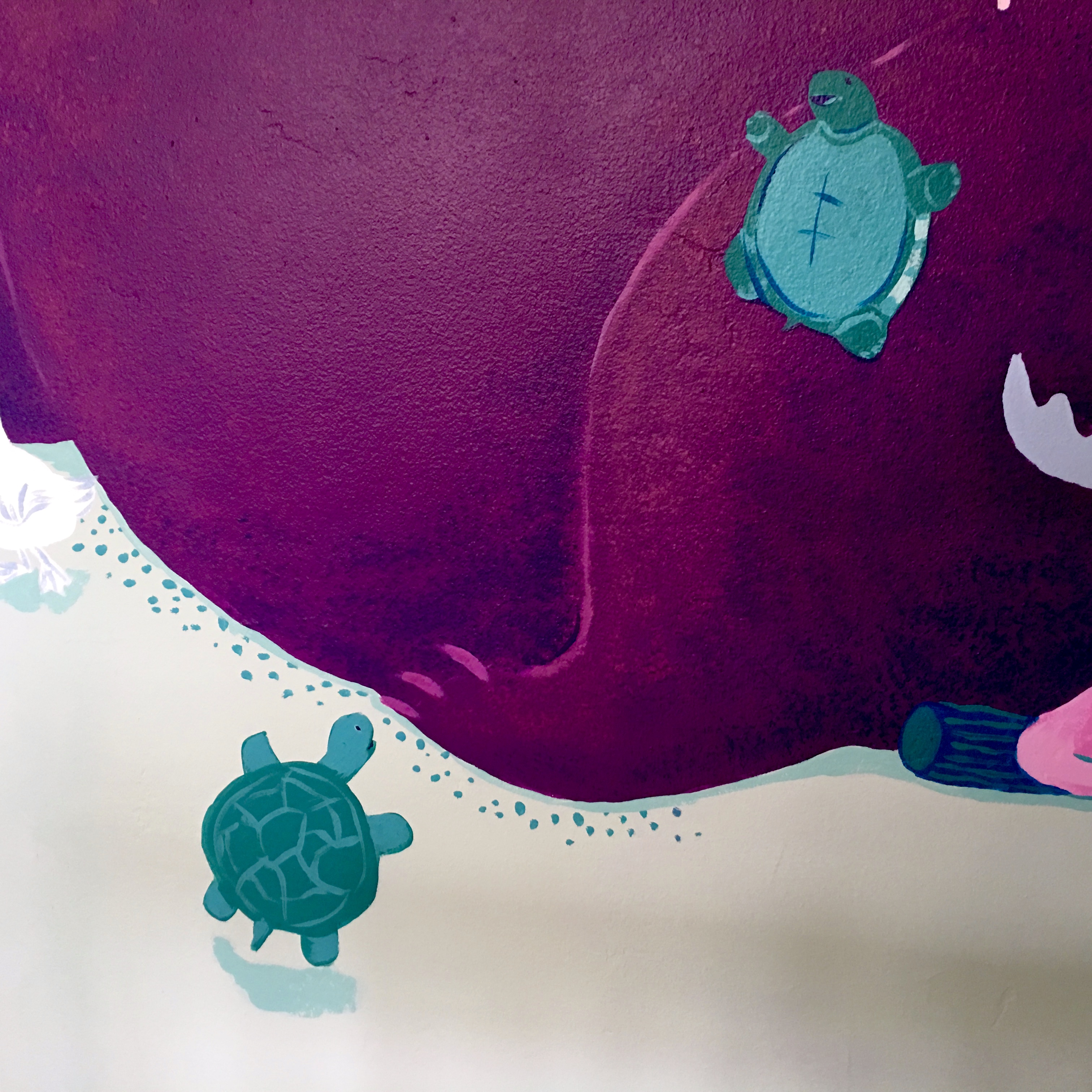 mural detail: turtles sliding on bears leg